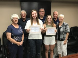 Foundation members and 2018 scholarship winners